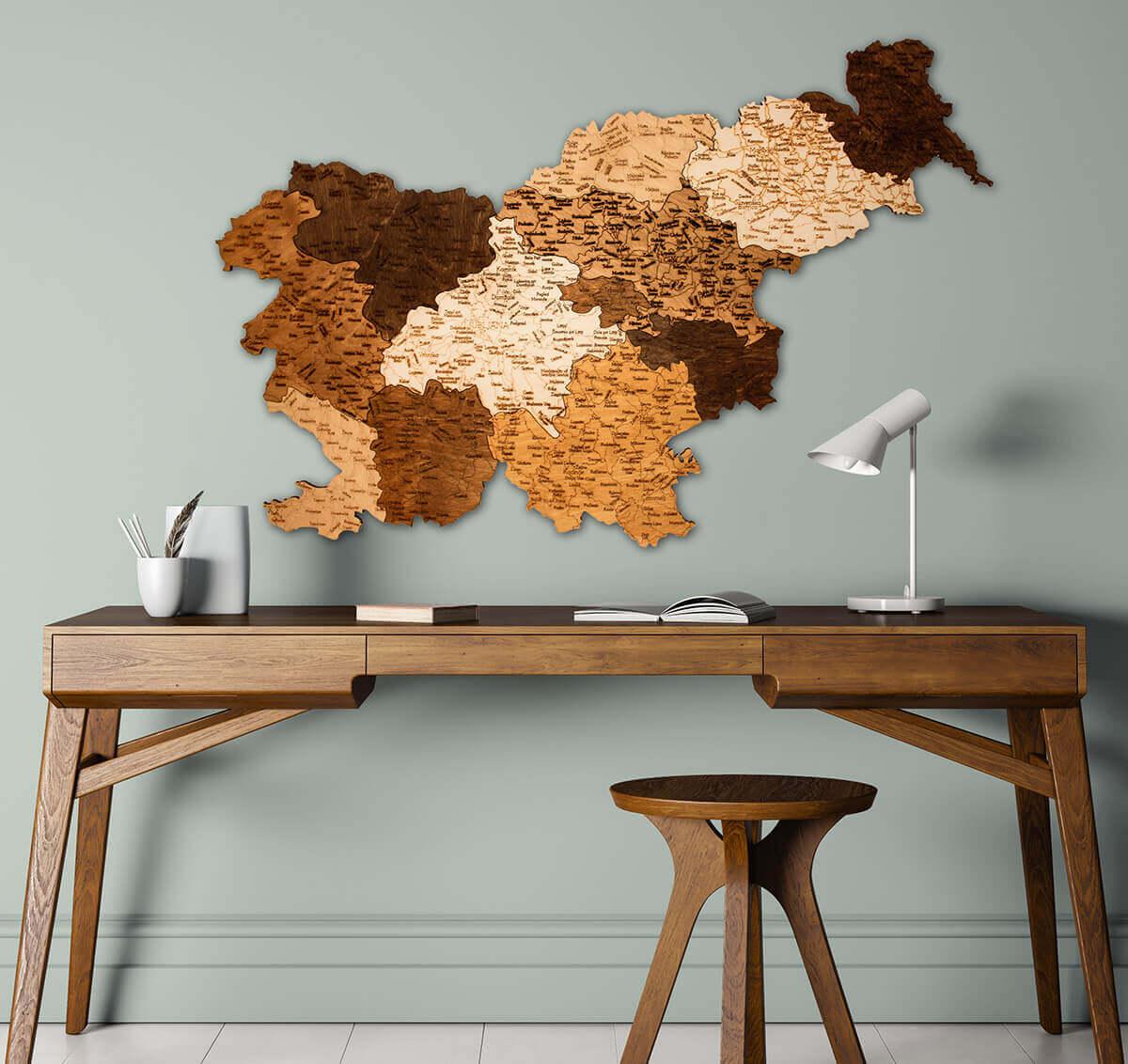 Mapa de madera de Eslovenia